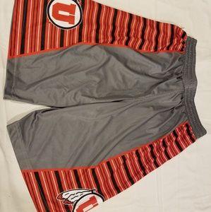 Under armour Utah Utes basketball shorts small